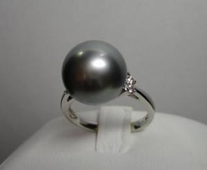 黒真珠の指輪B